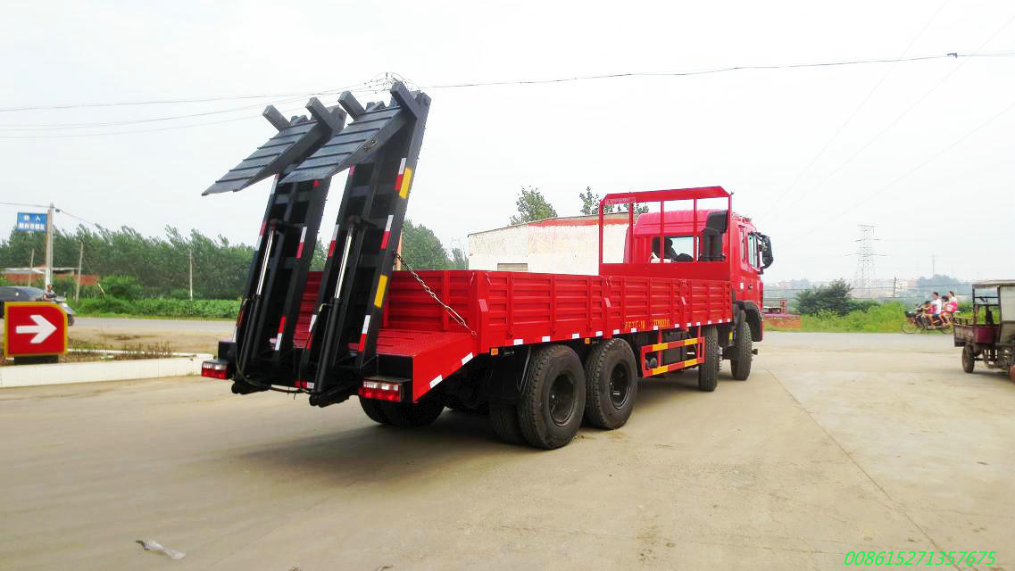 JAC 8x4 31T Cargo Truck for Transport Construction Machinery