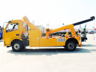Dongfeng 5T Conjoined Towing Wrecker