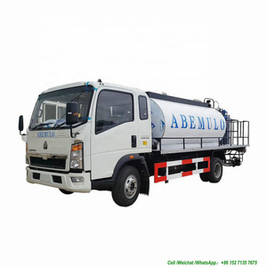 HOWO Asphalt Distributor 6000L Tank Spraying Nozzles 30 Nos (Asphalt Tank Insulated Spray Bitumen 4.5 -5 meters)